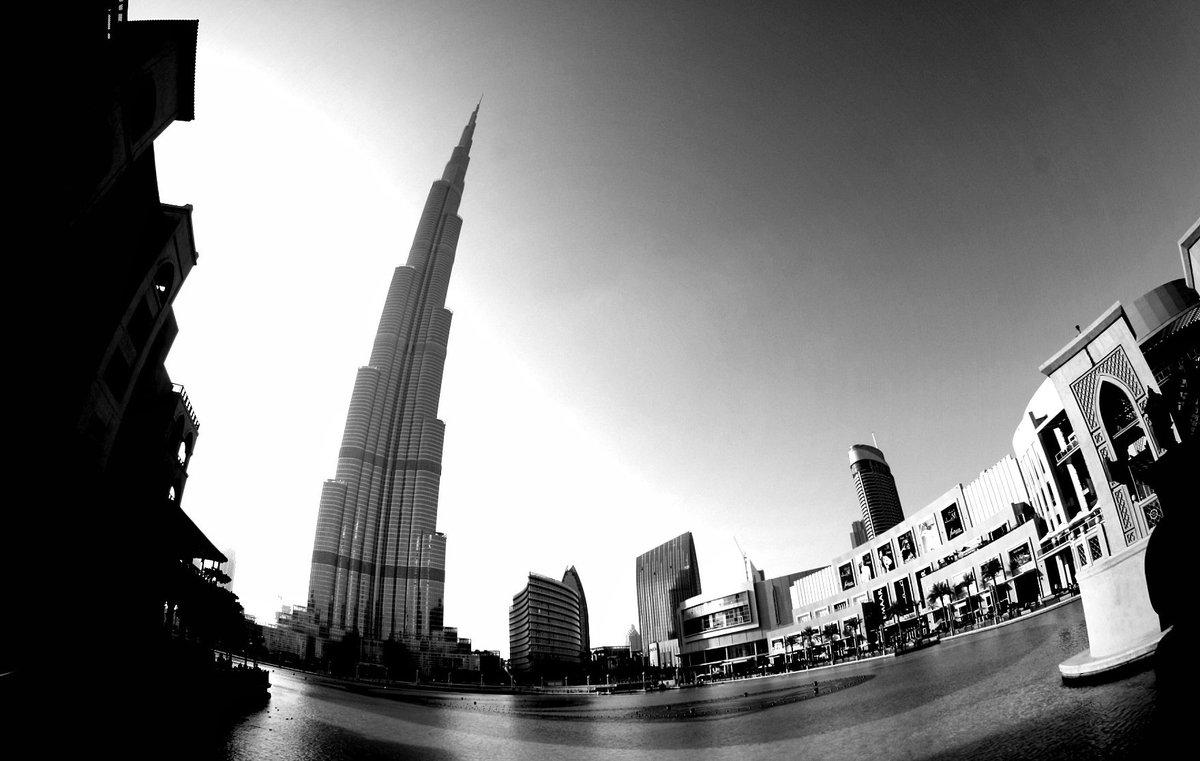... memories.  #Dubai #BurjKhalifa #bnw_captures #blackandwhitephotography #bnw #blackandwhite #Monochrome #blackandwhitephoto #bnwdailypic.twitter.com/bE0kpYh8VY