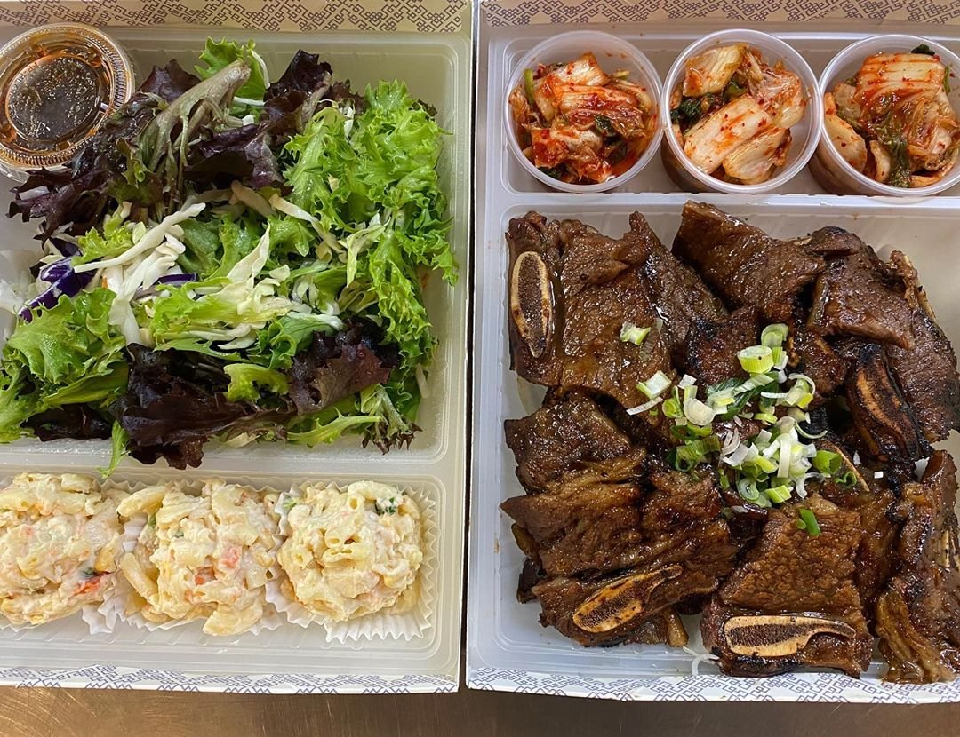 Have you been craving Korean BBQ? @bulgogihut has a galbi family meal that comes with rice , salad , miso soup , and side dishes available for pick up and delivery. Ordering details on their website. #supportlocal #bulgogihut #ktown #dineLA | RG : @bulgogihutpic.twitter.com/qGIBYVa5xM