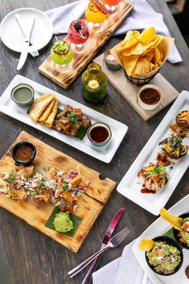 .@AngelsRadioKLAA Check out the #Carnitas and other Mexican specialities at #SolAgave in Mission Viejo and San Juan Capistrano 🌮 Listen LIVE to all the #FoodFun : https://t.co/90h8CvnGyN https://t.co/6wgYAM3HdJ