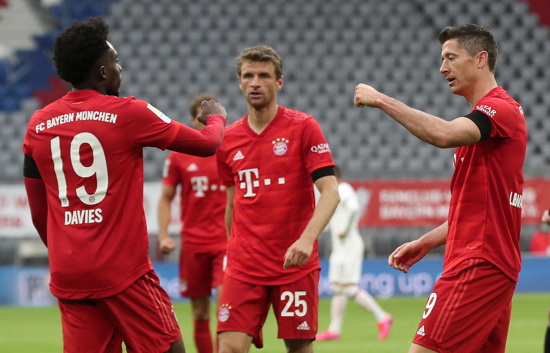 Бавария - Айнтрахт 5:2. Лучший ассистент Европы против лучшего  защитника-голеадора ᐉ UA-Футбол