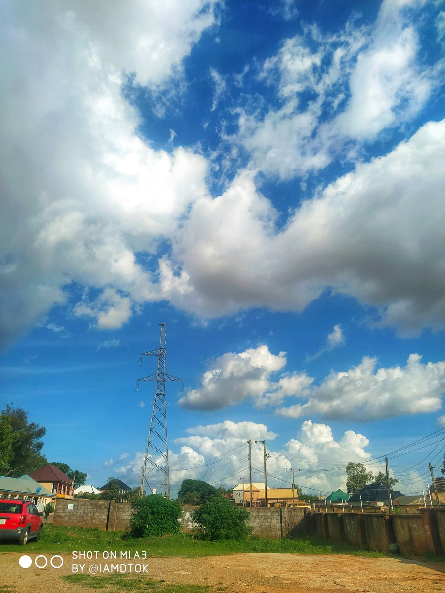 I love the cloud formations in Jos, Plateau state. 📱:  Xiaomi Mi A3 @XiaomiNigeria @Xiaomi #DTOKphotography #mobilephotography  #photooftheday #art #staysafe #xiaomi #xiaomimia3 #wallpaper #cloud #Jos #plateau