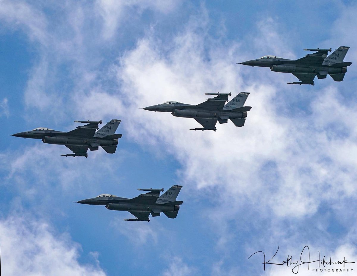 America Strong F-16 Flyover  482nd Fighter Wing (Air Force Reserve Command) flew over more than 30 hospitals today!  #americastrong #airforcesalutes #afflyover #homesteadARB #f16flyover #sonyA9 #sonyalpha #bealpha pic.twitter.com/ypHPotqwll
