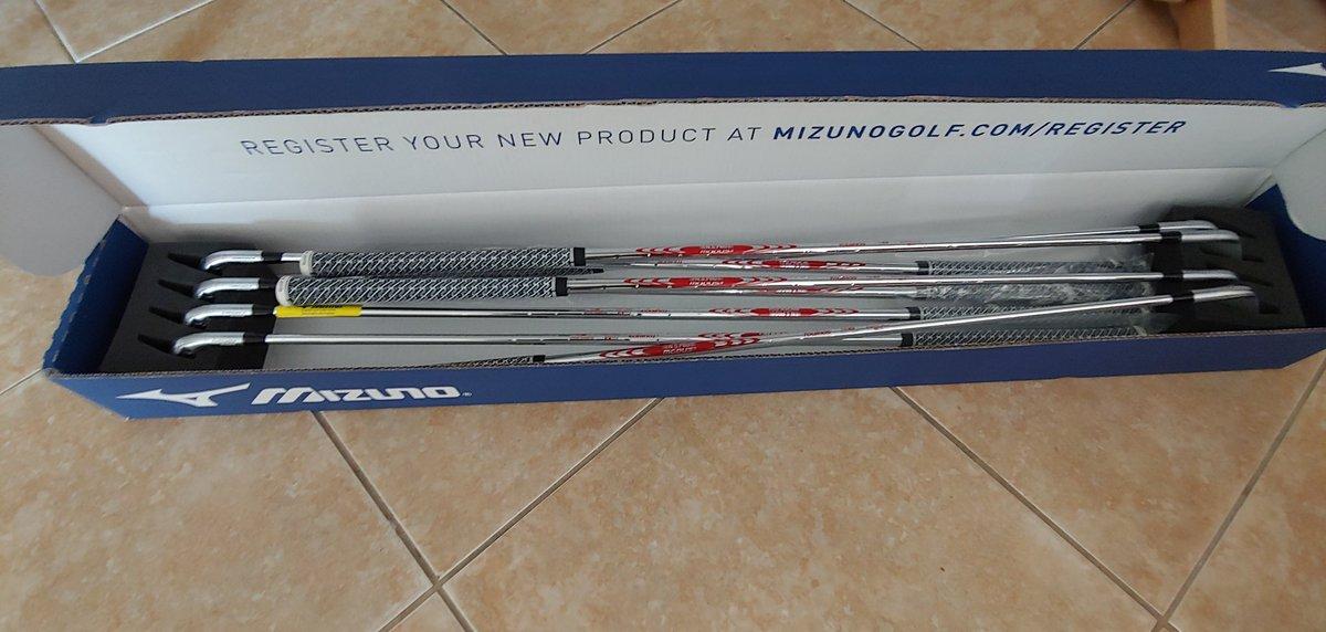 Someone just got new golf irons #Mizuno pic.twitter.com/wHlOAbCE7J