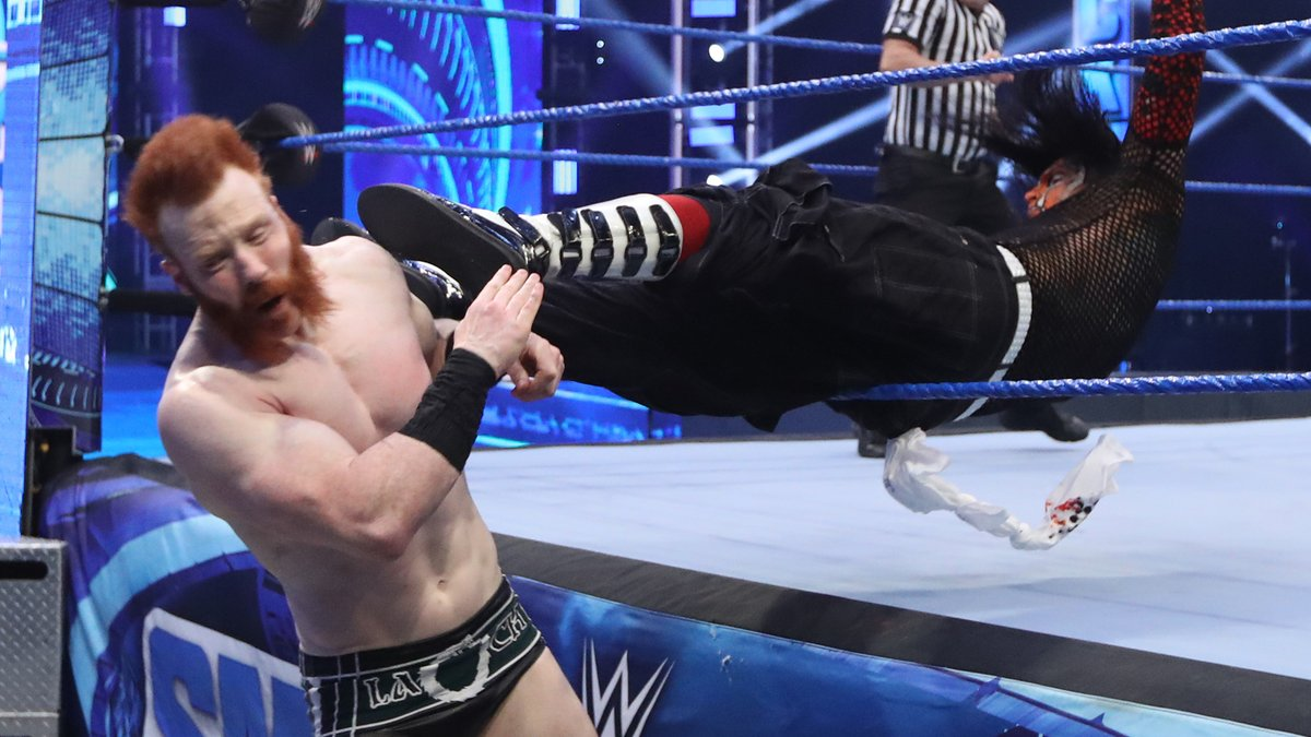 In a highly personal match, @JEFFHARDYBRAND looked to launch his latest comeback with a win over @WWESheamus in the first round of the #ICTitle Tournament! #SmackDown https://t.co/i0rDEHM2mu
