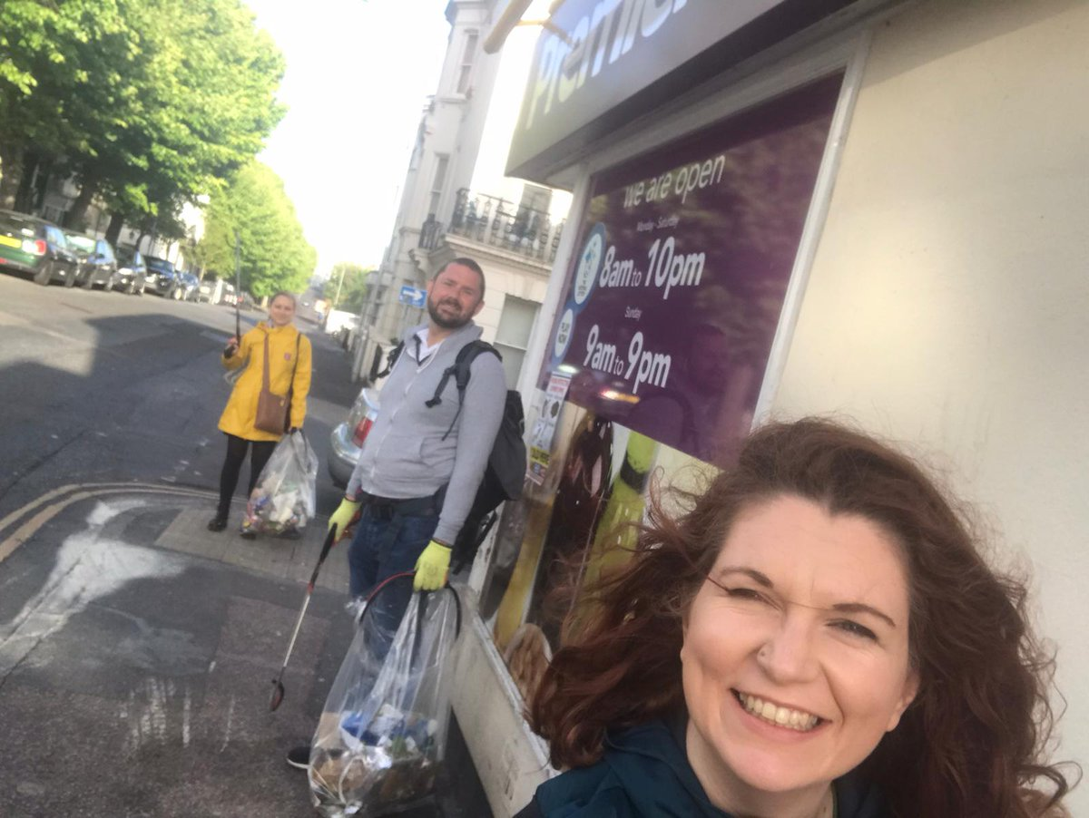 Had a great time with @CllrEbel & @Phelimmac on our socially distanced litter pick today 💚
