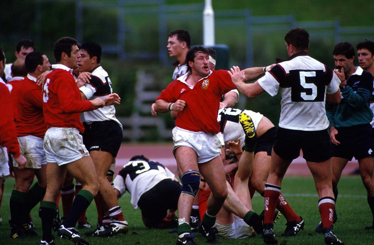 We've got a great piece by @JimKayes on his favourite Lions players on the Lions website today. We suspect the 1989 back-row of Richards, Teague and Calder might be Jim's favourite Lions of all!