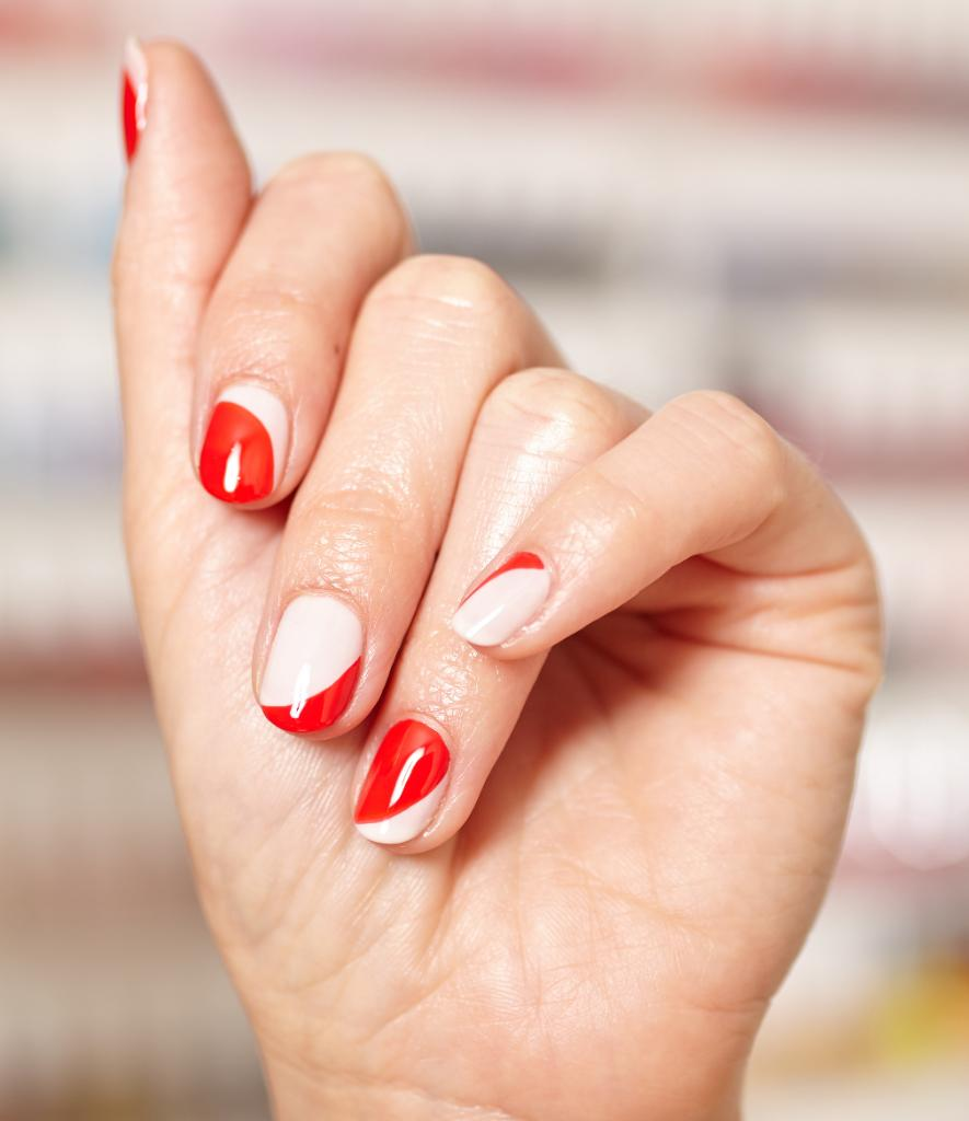 Essie On Twitter Eternal Fave Balletslippers Punchy Red Geranium Make Up This Fun Take On A French Mani By Stephstonenails One Of Many Ideas To File Away For A National Nail