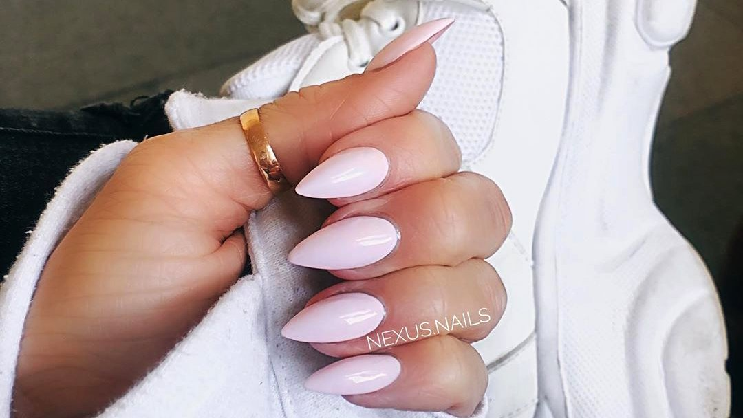 Cute light pink almond acrylic nails 2020 Tap for more  https://www.cutemanicure.com/sweet-short-pink-acrylic-nails-designs/… @ManicureCute  #shortpinknails #shortnails #nails #nails2020 #nail #nailartpic.twitter.com/HE6VC6wDMa