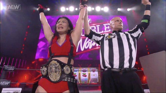 Coronamos una nueva campeona en AEW Double or Nothing.