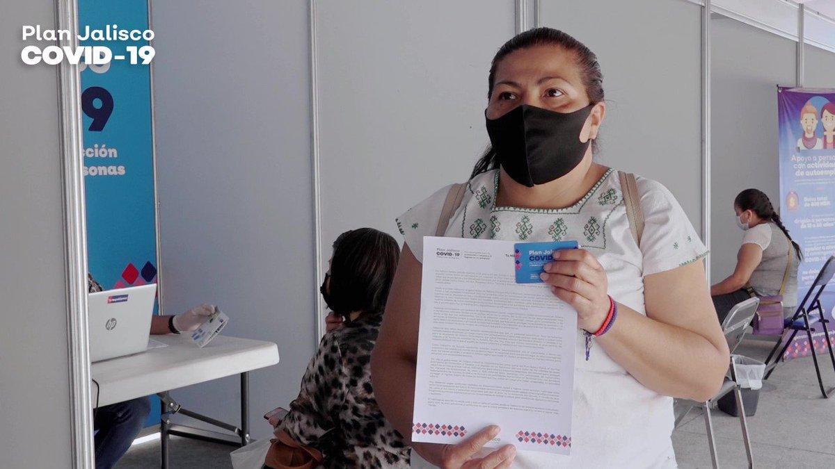 Los artesanos de Tonalá son el motor de la economía local, han sido muy solidarios en entender que lo primero es cuidar la salud aunque eso les ha pegado directo en el bolsillo, pero no están solos. Con una bolsa de 2.5 mdp, también los estamos apoyando: https://t.co/nwIaeo48CS