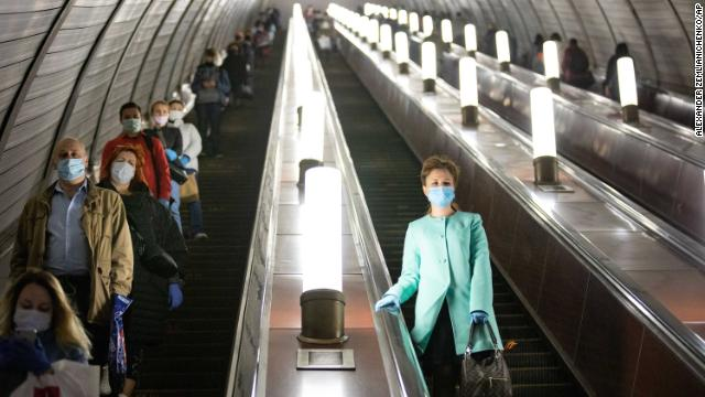 About 12.5% of Moscow's residents are estimated to have the antibody for coronavirus, the city's health authorities say https://t.co/IUnSKs2ZW4 https://t.co/xMJGFrCNO1