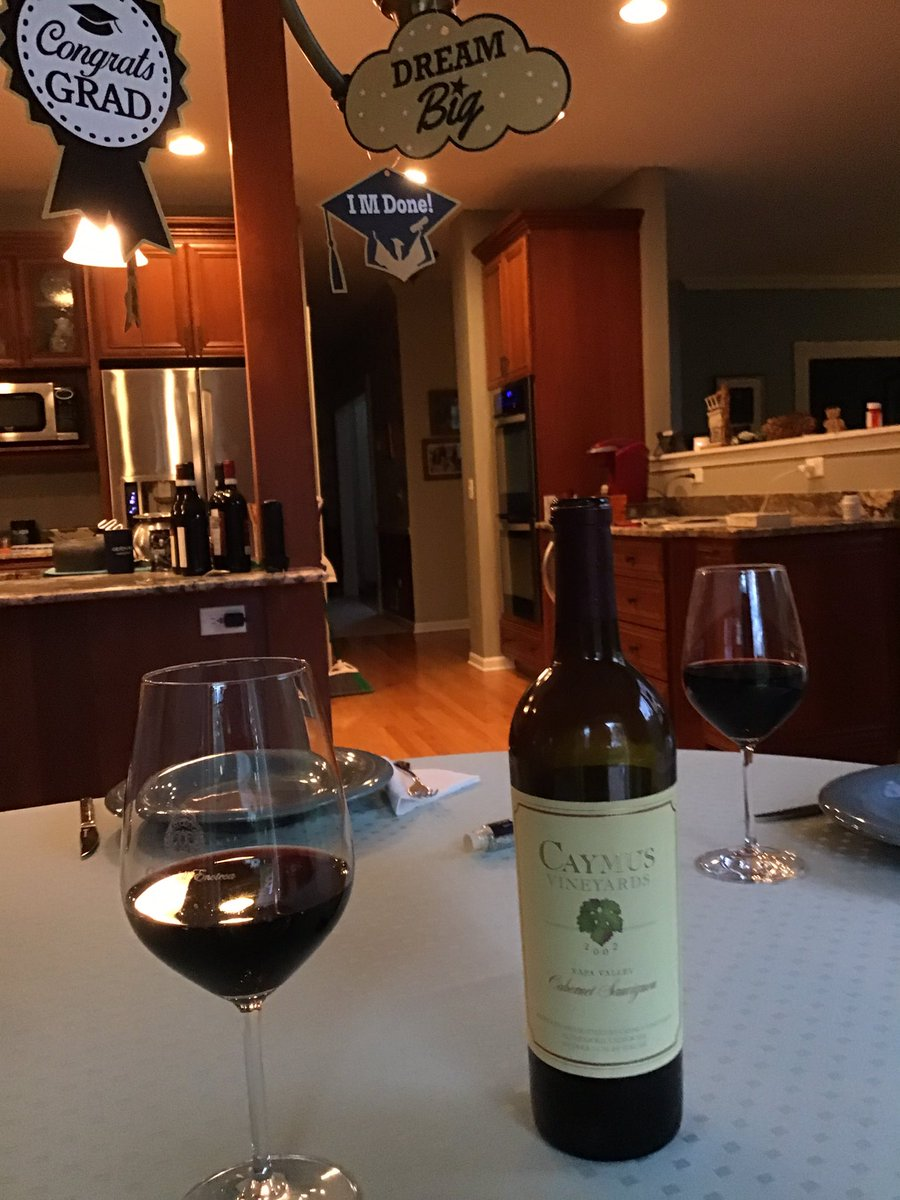 Celebrating our daughter's 2020 High School graduation with a 2002 Caymus!!   Cheers!!  #caymus #napavalley pic.twitter.com/9uDRC8IpEW