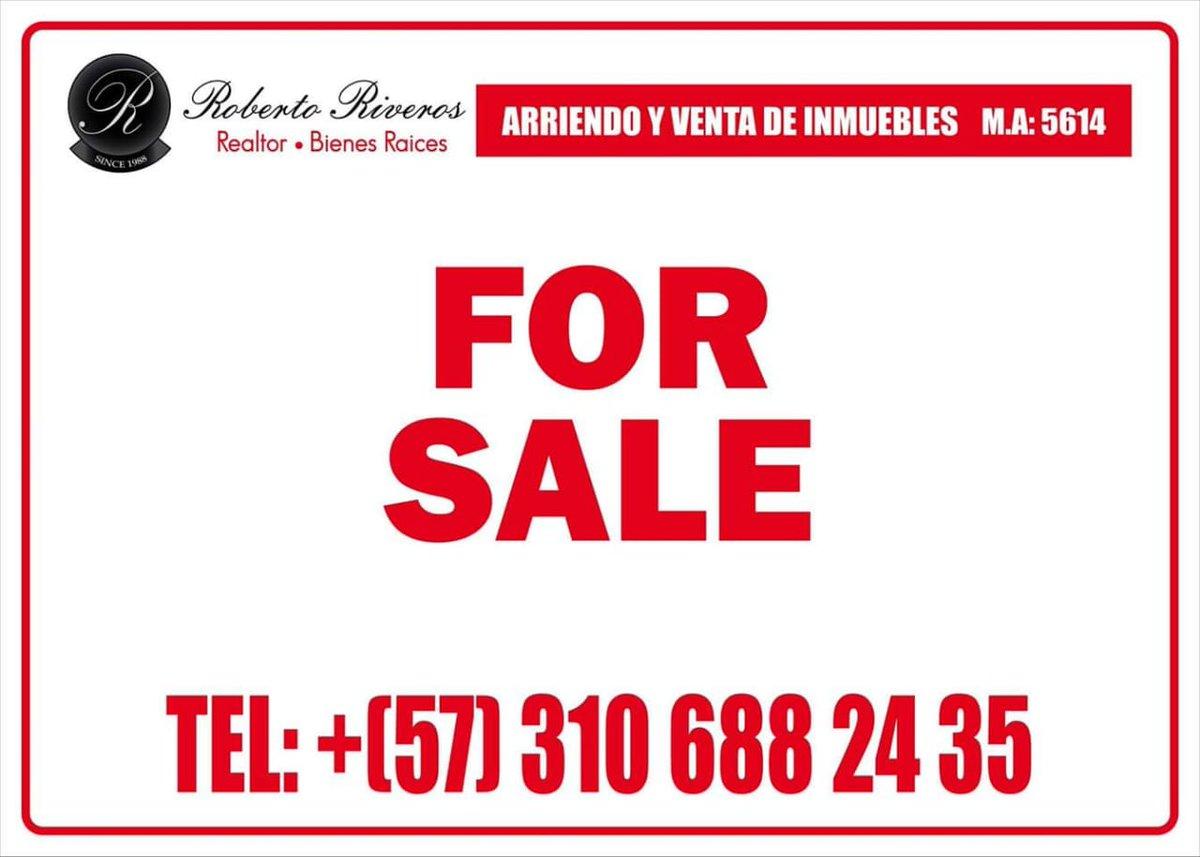 #Bogota @robertoriverosa buys/sells/leases ur property or looks 1 up 4u. Also trilingual Notary Public of choice in Bogotá!pic.twitter.com/i7nHaQ0N5F
