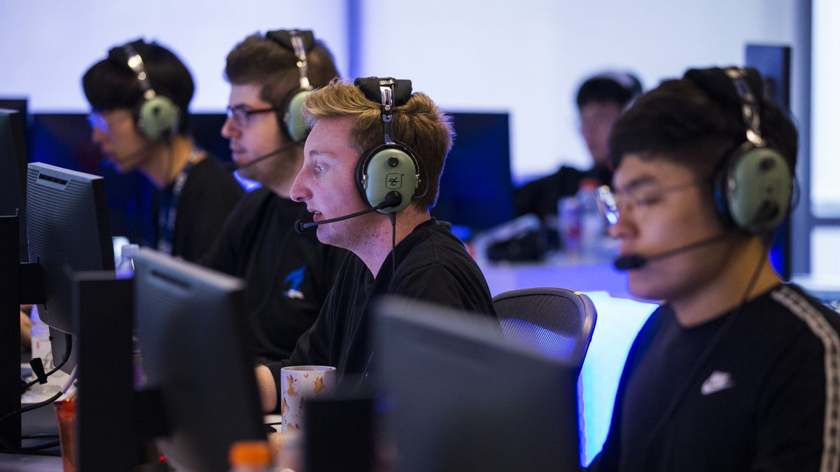 NEW from @seanzcollins   Dallas Fuel using 'much needed' mid-season break as a reset before tackling the rest of the season.  Read:  👈  #OWL2020 | #BurnBlue | #PlayWIthFire