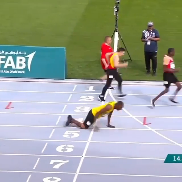 Kirk Wint, a Jamaican Special Olympics athlete, ran the 50-meter dash using only his arms and won the silver medal 👏