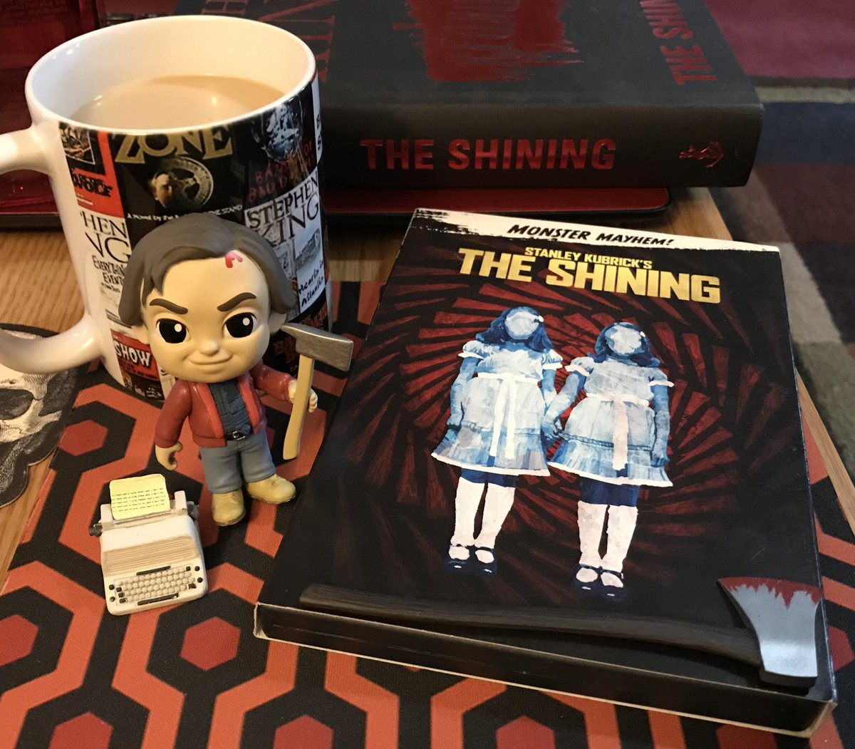 Watching The Shining tonight#MovieTime #TheShining40 <br>http://pic.twitter.com/7LH45RGoQQ