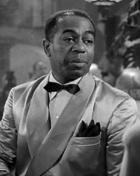 """On the live stage after #Casablanca, Dooley Wilson portrayed an escaped enslaved person in the musical """"Bloomer Girl"""" (1946) and, as a result, made another song famous, """"The Eagle and Me,"""" which ... 1/2 #TCMPartypic.twitter.com/qhvdOdVM7j"""