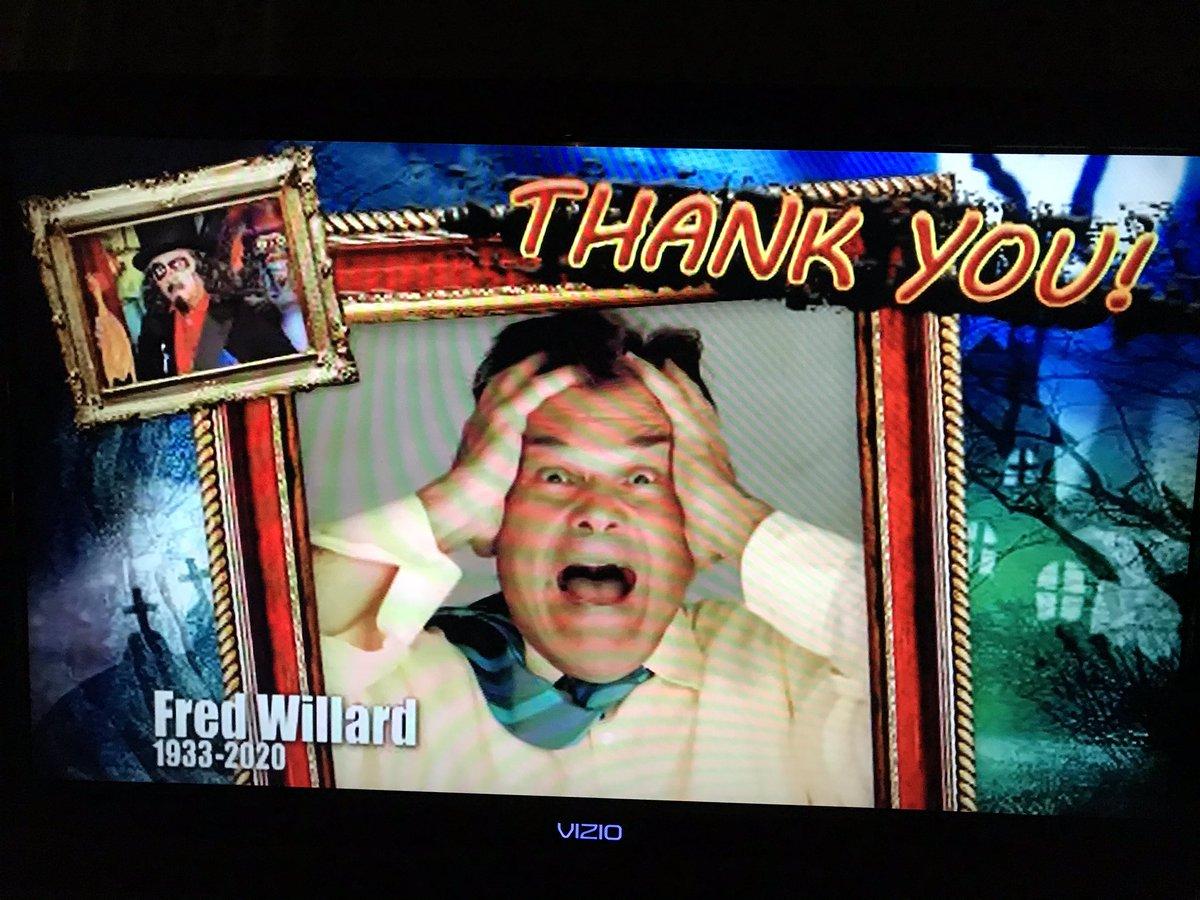 It was very sweet to dedicate tonight's show to the great #FredWillard #svengoolie <br>http://pic.twitter.com/IDonbP5HQq