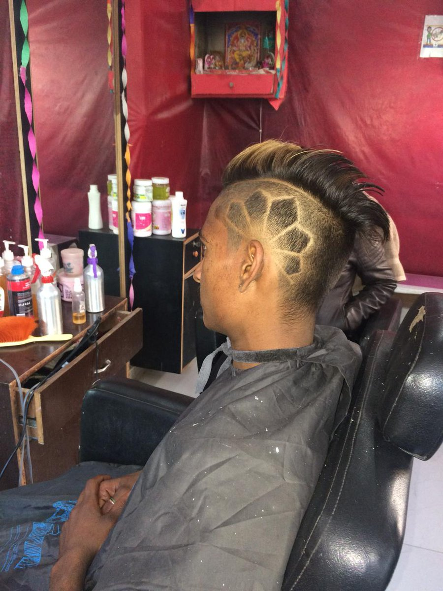 My first tattoo is my customer #hairtattoo #haircut #hairstyle # pic.twitter.com/Uewa0sGcCN