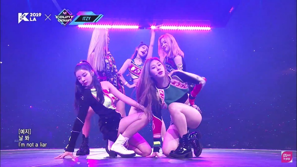 I WAS THERE AND MY GIRLS WERE ON FIRE! I want to go back in time! #ITZY #KCON19LA #KCONREPLAY #KCONTACT<br>http://pic.twitter.com/j7qP66Bba2