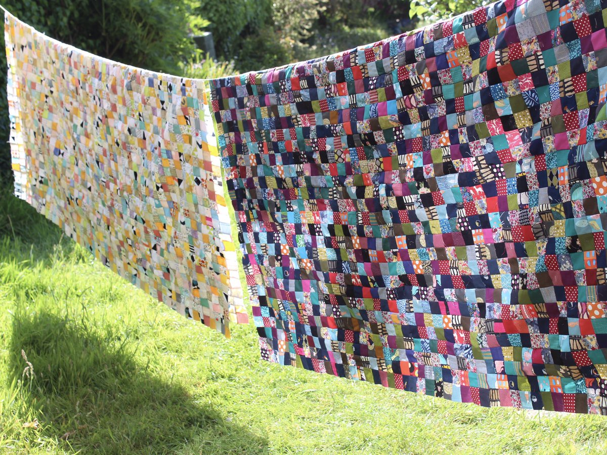 My quest to use up just scraps left over from other projects is nearly complete.  This will be a reversible patchwork once quilted.  I'm now working on a smaller patchwork using scraps and then my scraps stash will be a manageable size #handmade #nowastepic.twitter.com/FZ8ZJpNiFn