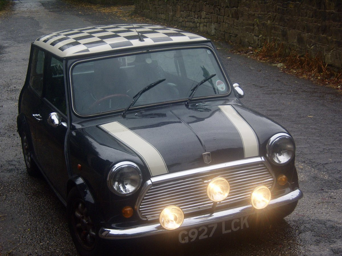 When your 1st car was this cool #Cars #ClassicCars #ClassicMini pic.twitter.com/wJrwEPx3Bu