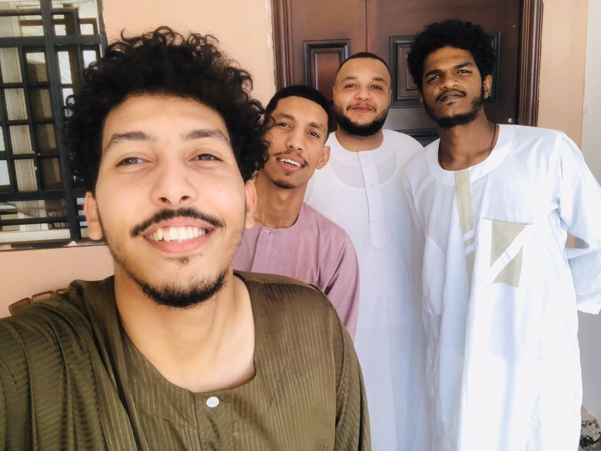 Happy Eid   #Family pic.twitter.com/Jo3Pu6FO1h