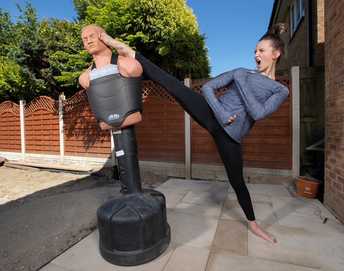 Olympians at Home this time of to South Wales to photograph Lauren Williamson Britains Taekwondo star in her back garden @TeamGB @GBTaekwondo @BritTaekwondo @LaurenW_TKD