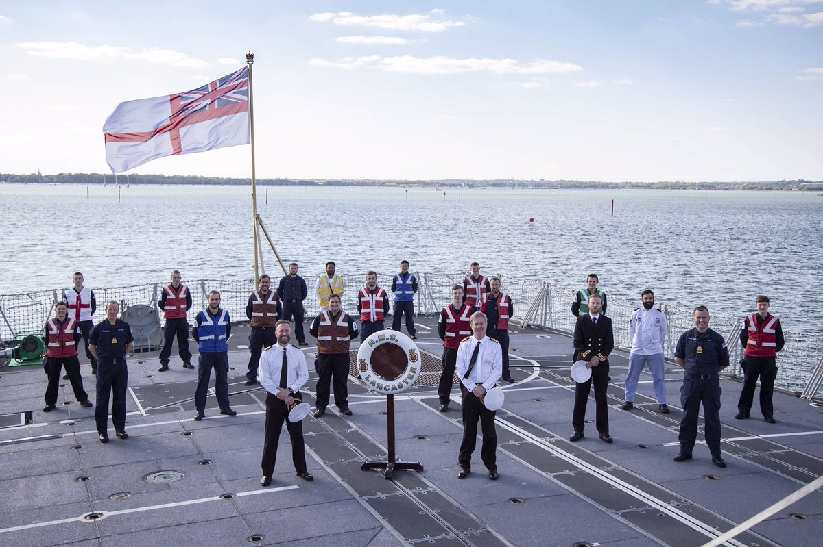 """Today marks the 30th Anniversary of the launch of HMS LANCASTER, """"The Queen's Frigate"""", by our Lady Sponsor, Her Majesty the Queen - The Duke of Lancaster. @RoyalFamily @RoyalNavy @VAdmNickHine"""