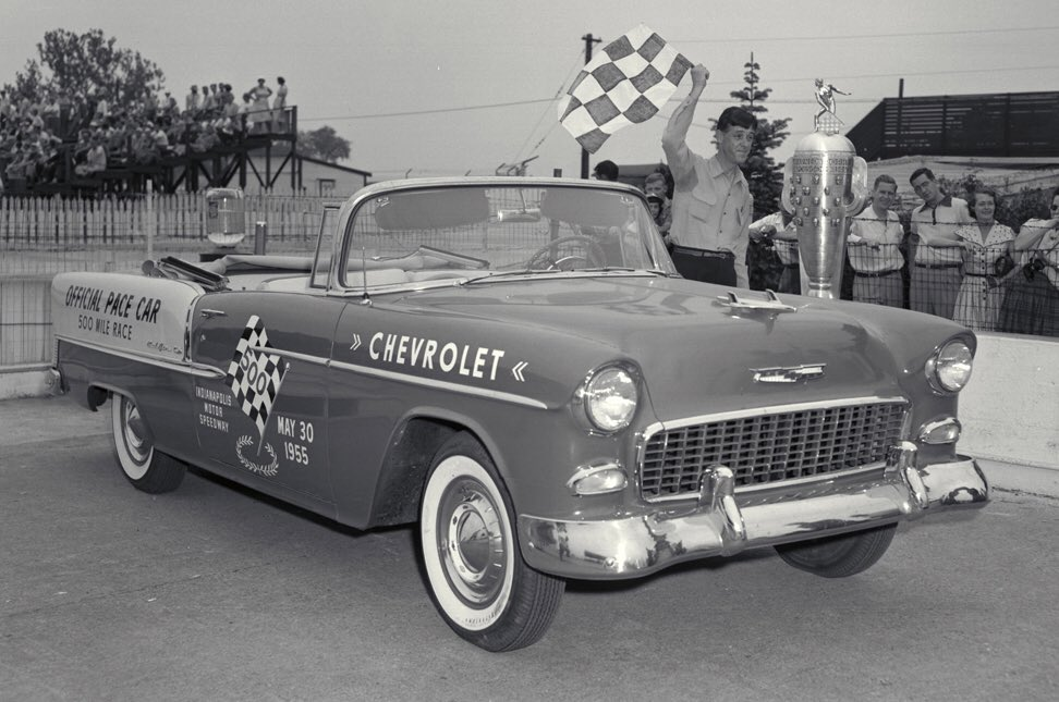 The Chevrolet Bel Air, official pace car of the Indy 500 in 1955  #Chevrolet #Indianapolis #Indy500pic.twitter.com/yc7c4wwmID