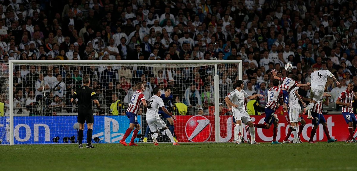 And Real Madrid have another corner. Modric takes... <br>http://pic.twitter.com/0hf8oXkljO