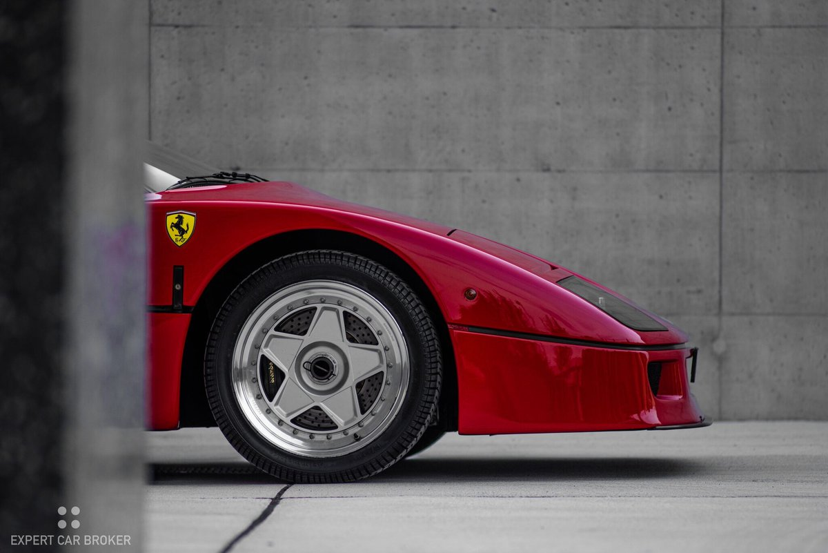 #SundayMotivation For Sale  1990 #FERRARI F40 20'000 km /478 PS   Anbieter: © by Expert Car Broker AG, 5036 Oberentfelden (CH)<br>http://pic.twitter.com/zwm6HNaJN6