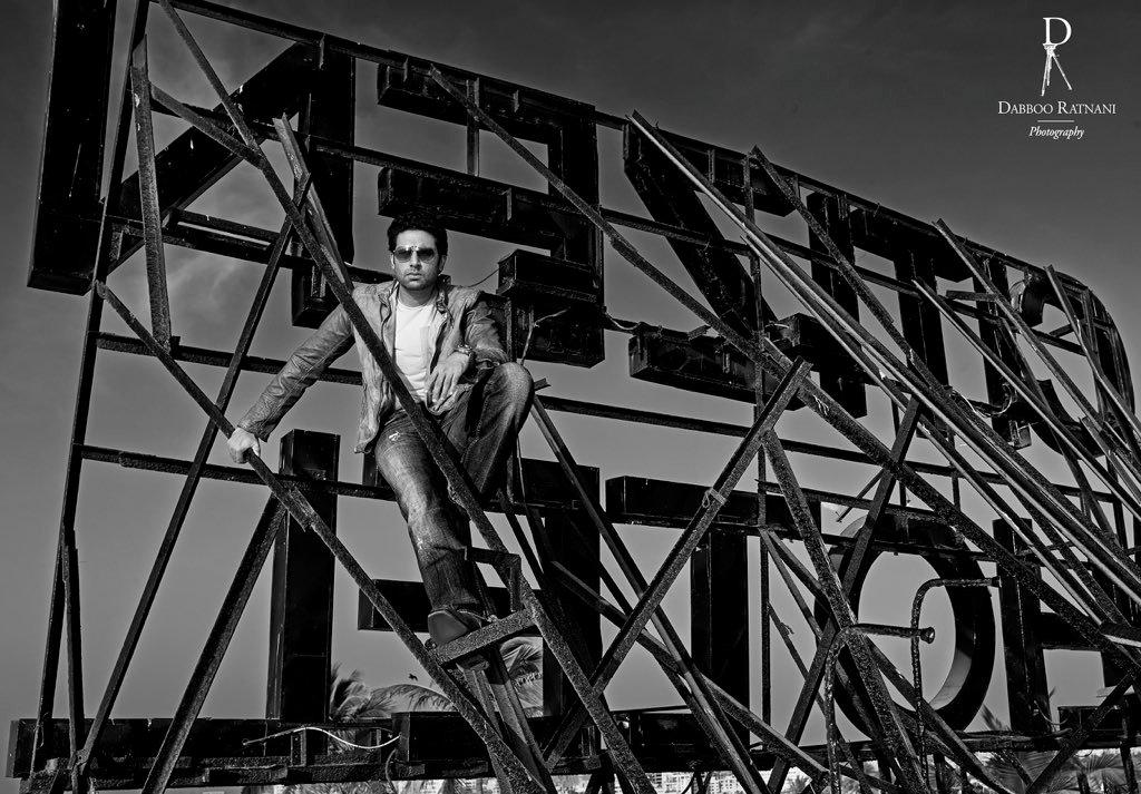 ~ #AbhishekBachchan  ~ #AbhishekBachchan #Bollywood #India #DabbooRatnani #tb  @juniorbachchan   @DabbooRatnani pic.twitter.com/Lr1g2p9TZh
