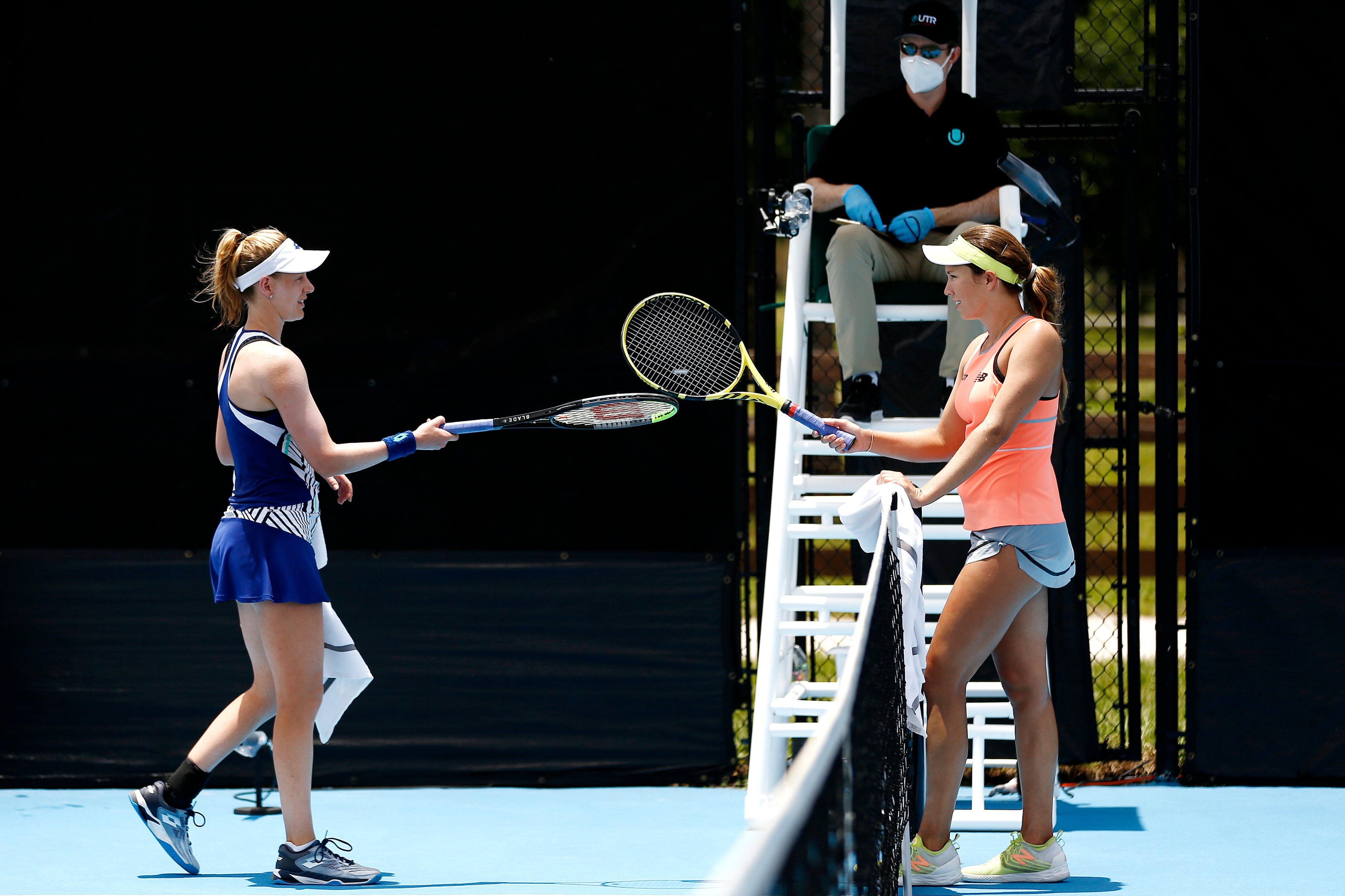 Player shaking hands while maintaining distance at UTR Pro Match Series. (Credits: Twitter/ UTR Pro)