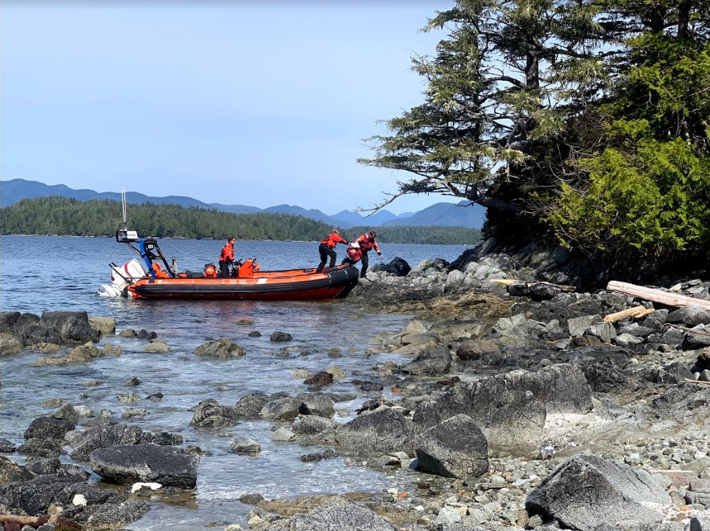 Inshore Rescue Boat stations in #BritishColumbia open today. Crews have received specialized training to protect themselves and the people they come into contact with from #COVID19 while carrying out their regular #SearchAndRescue duties on the water and in the community.pic.twitter.com/6zFkiVh7y1
