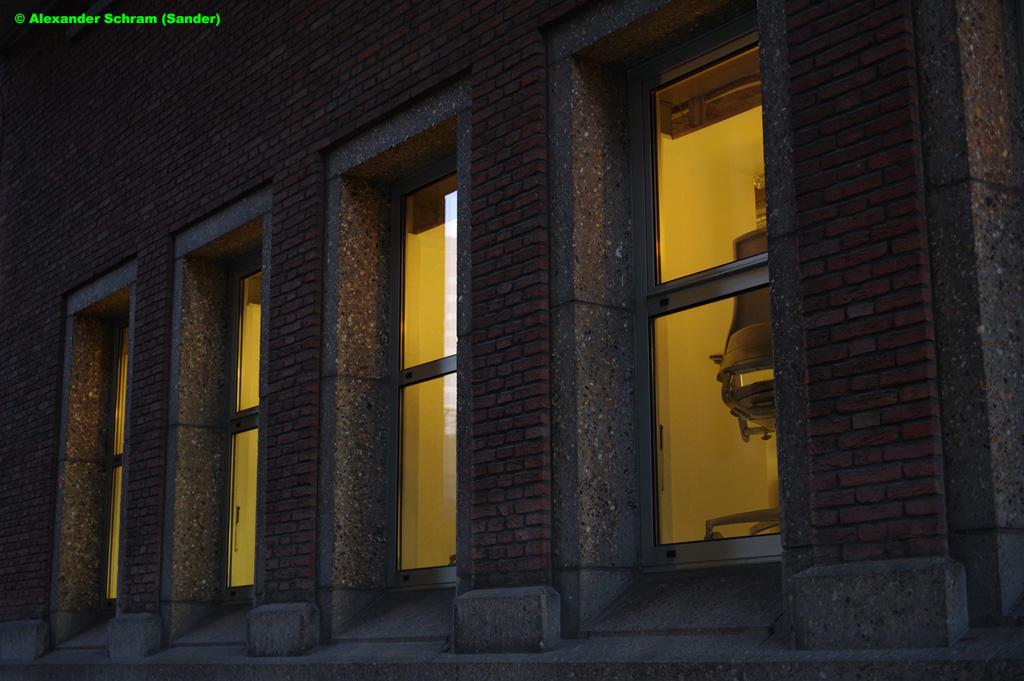 #ramen #ruiten #windows #avond #evening #fotografie #photography #streetphotography #straatfotografie pic.twitter.com/7sDE2feEtZ