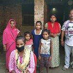 インドの少女が父親を自転車に乗せたまま1200キロ離れた自宅まで走破してしまう!