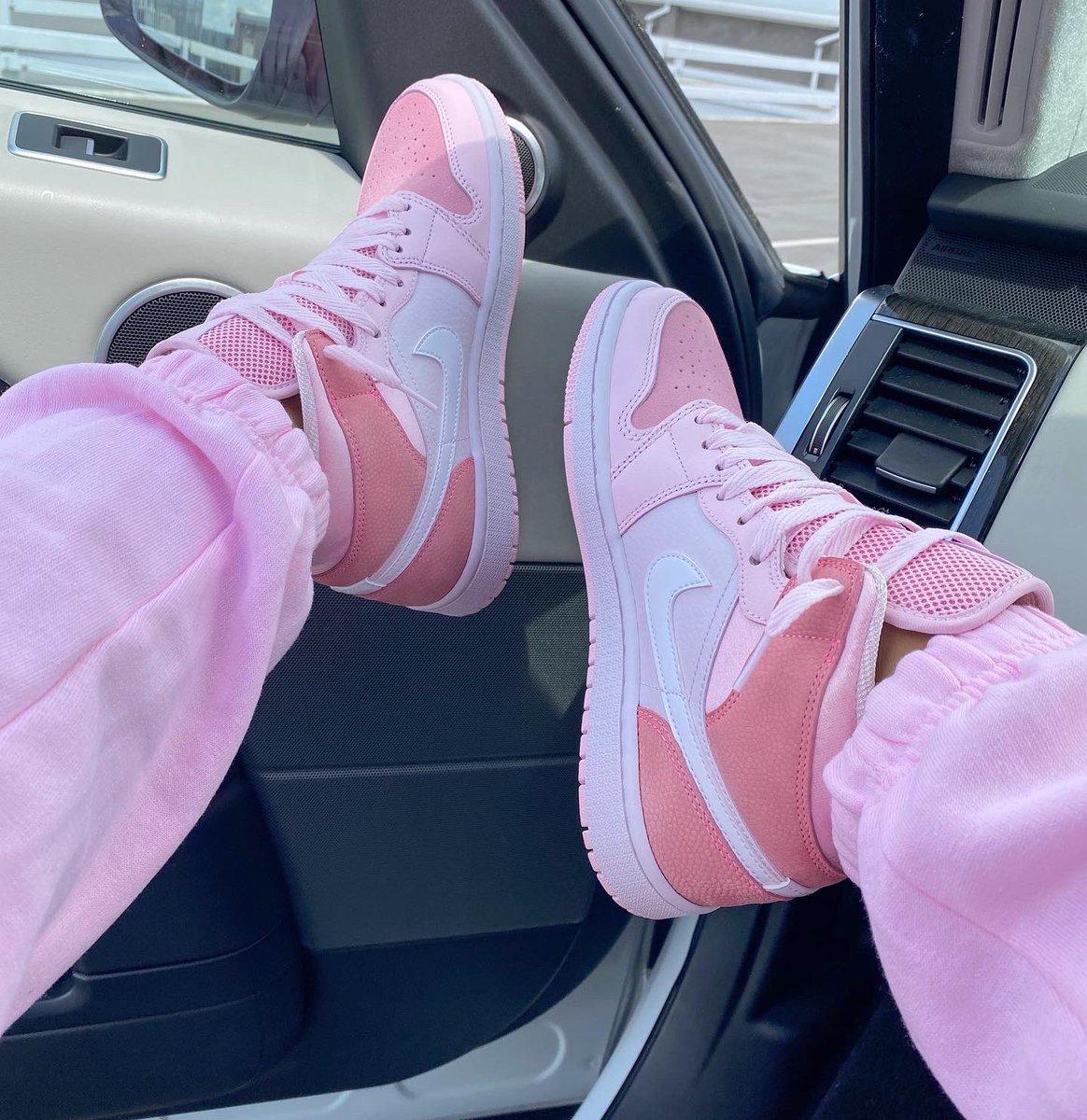 Do we like the pink?! 🌸🌸🌸