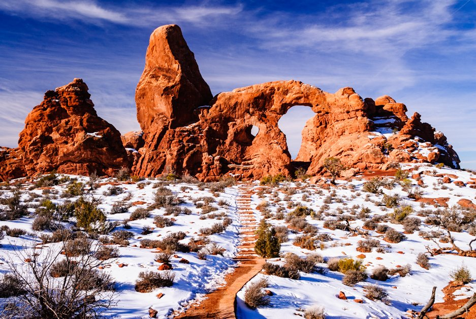 032 Arches National Park, Turret Arch  #nature #travel pic.twitter.com/ma9VIiVzUp