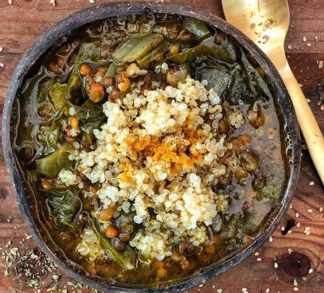 Lentils with quinoa and Swiss chard: a perfect dish against abdominal fat.  #healthy food pic.twitter.com/pjfpGGUt3I