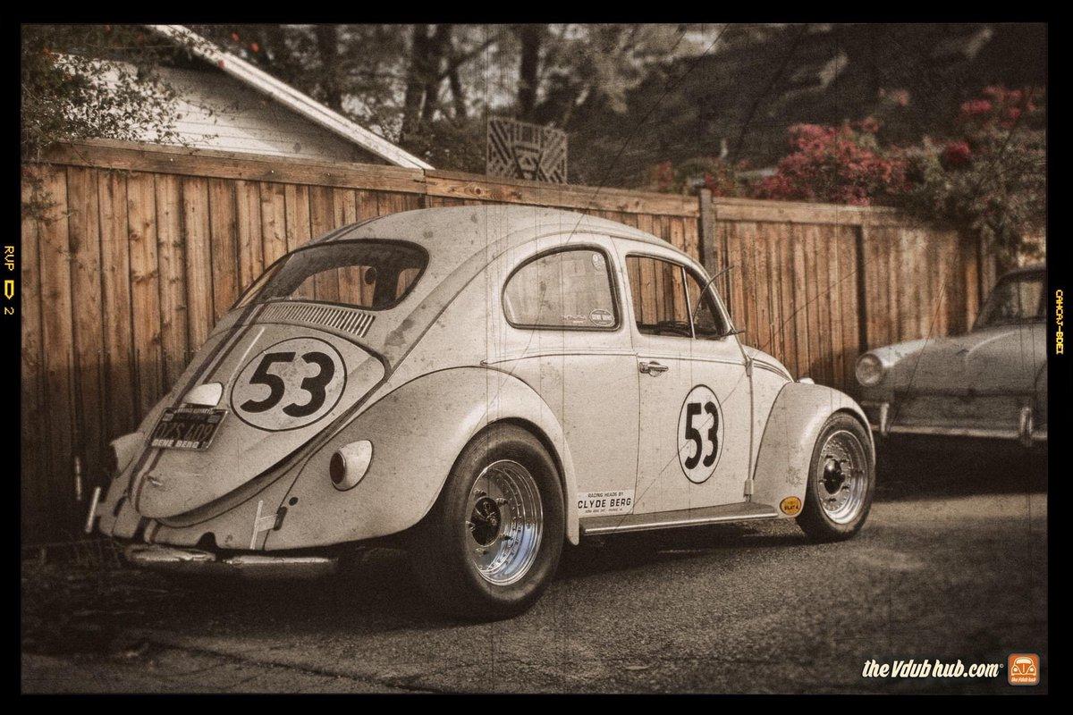 #herbie #herbiethelovebug #herbie53 #lovebug #callook #californialook #oldphotograph #fuscas #vochos #käfer #thevdubhub #vdubhub #centerlinewheelspic.twitter.com/PmFEP06j4g