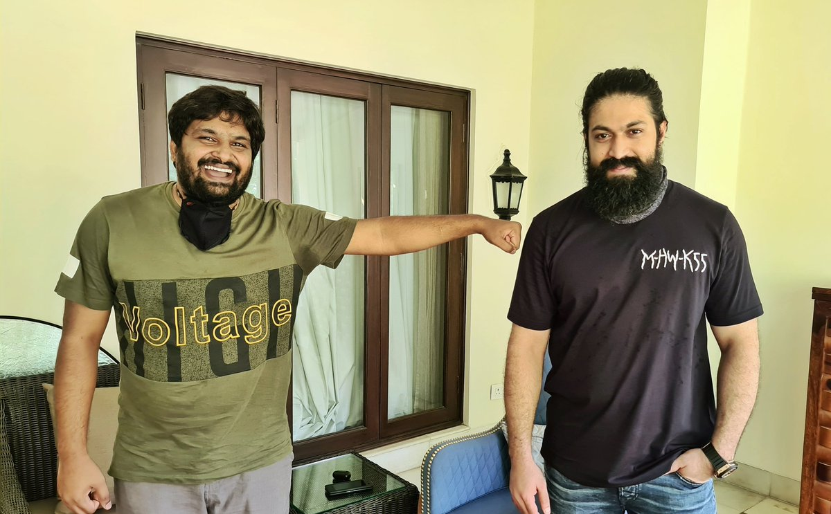 When we maintained social distancing while shooting,  love you Bangara 😘😘😘😘@TheNameIsYash 😍😍😍😍 proud to be your brother Boss. 😘😘😘😘🙏🙏🙏🙏🙏 https://t.co/BgxB9F2BUw