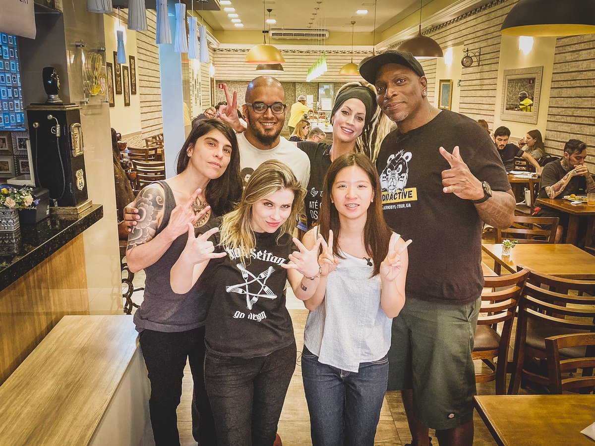 It's great when you can combine forces with people you share important principals with. We appreciate you! #highwaytohealth #h2hofficial #plantbased #vegan #travel #lifestyle #derrickgreen #tanyaocallaghan #music #lovinghutjardins #saopaulo #brazil pic.twitter.com/AsoZFrCsdd – at Loving Hut