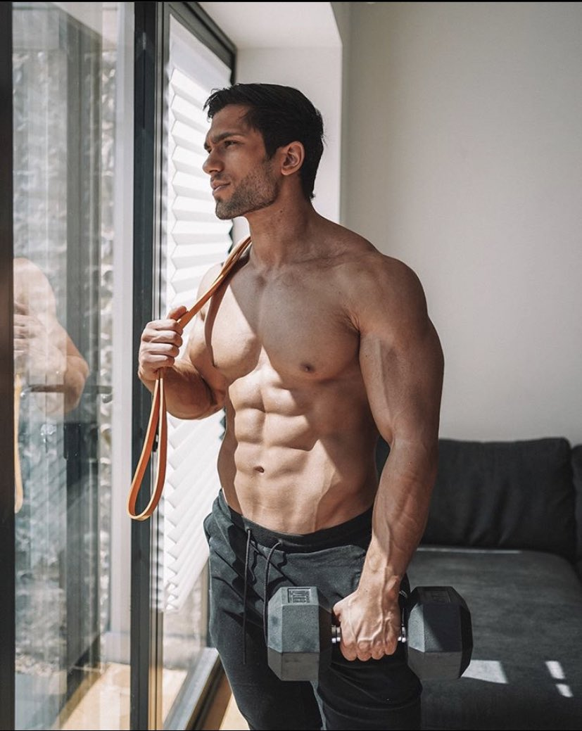 """Thinking about these summer gains * * Use our Promo code """"GymAddict"""" at http://www.trusavageappatel.com save 20% off any order * * #realgymaddicts #mensphysique pic.twitter.com/AOXBYr5LTt"""