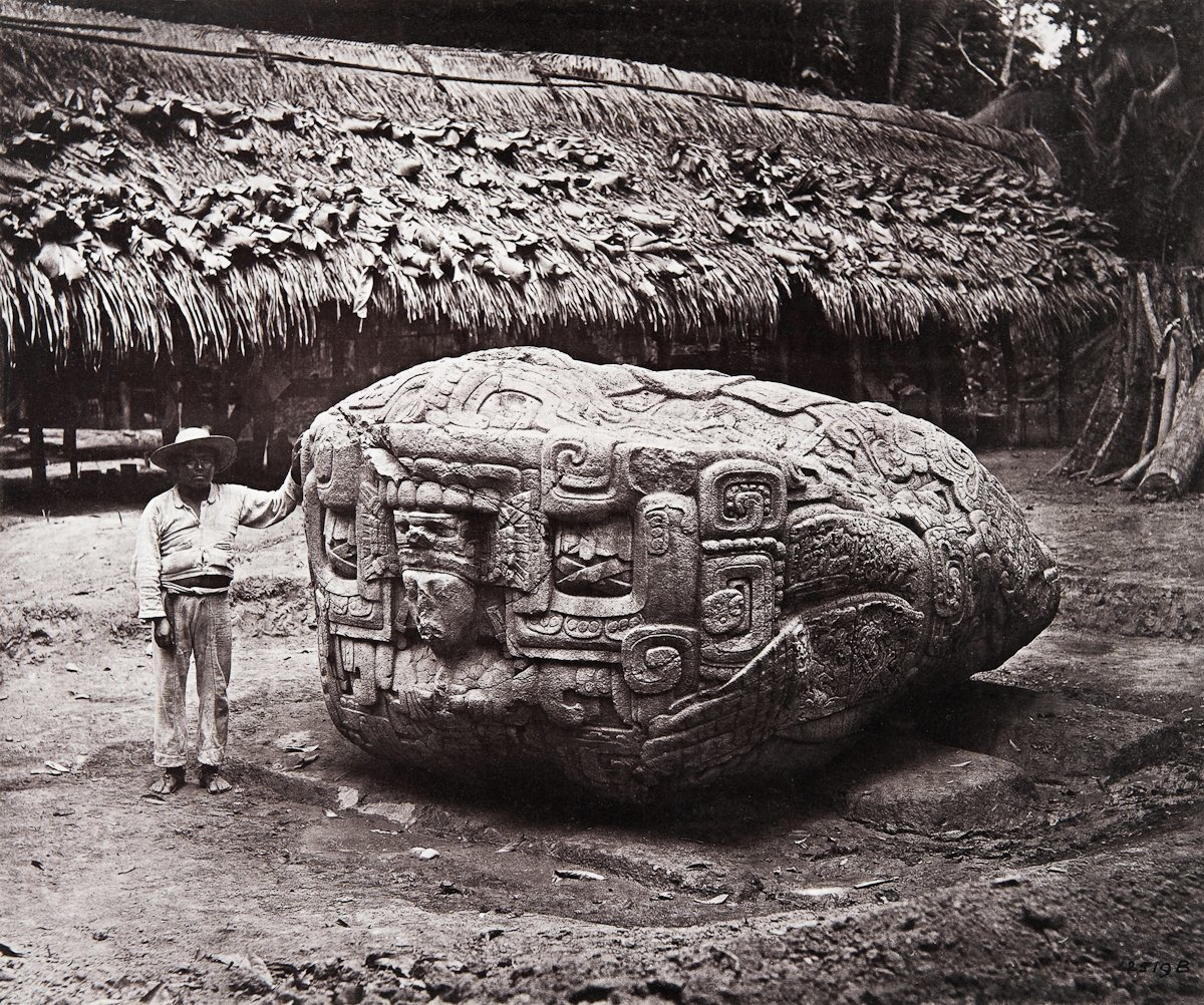 Some of the photographic views of the Maya site of Quirigua in modern Guatemala, taken by Alfred Maudslay 137 years ago, in April-May 1883. @Pitt_Rivers collections #MuseumsUnlockedpic.twitter.com/Q5aOnACvhT