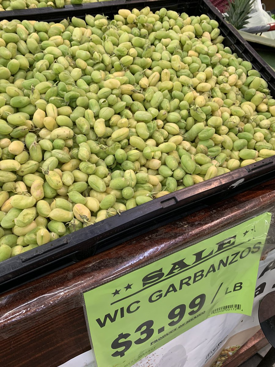 First trip to #international #market in probably 2-3 months.  Have you ever seen fresh garbanzo #beans?  I'll buy mine dry or canned to save the extra work, but that's not at my market often... pic.twitter.com/ohuc8nhfqp