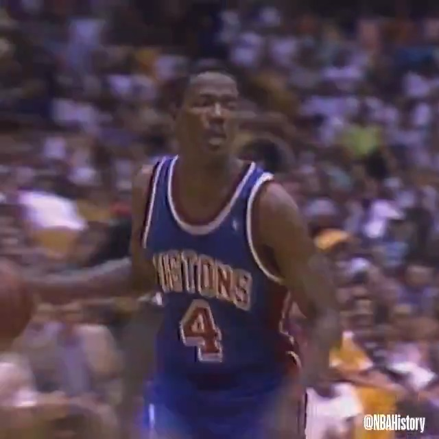 Watch 1989 NBA Finals MVP, Joe Dumars, in action as he led the @DetroitPistons over the Lakers to win their first title! #NBABDAY #NBAVault https://t.co/y2Gx5dTeP7
