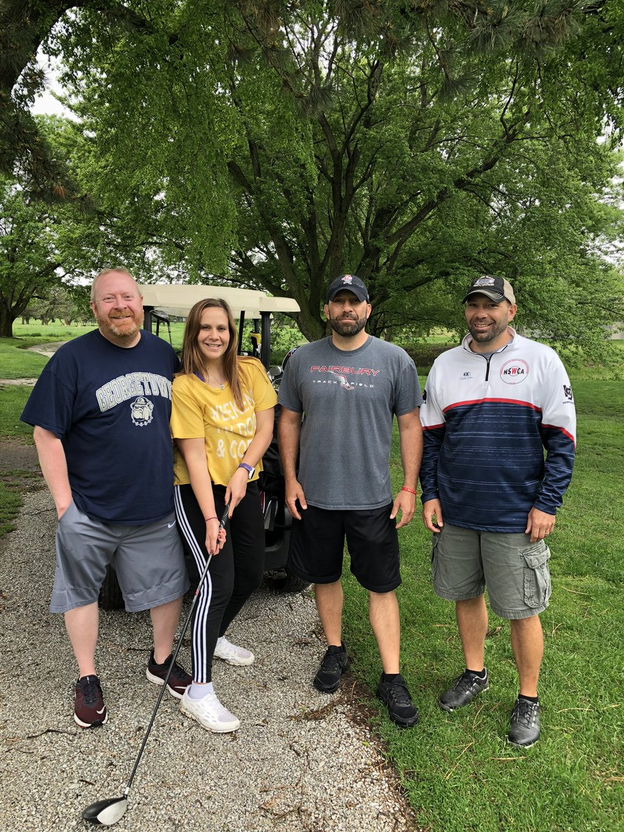 Family golf outing in A-Town #Home pic.twitter.com/qYNKQPf3do
