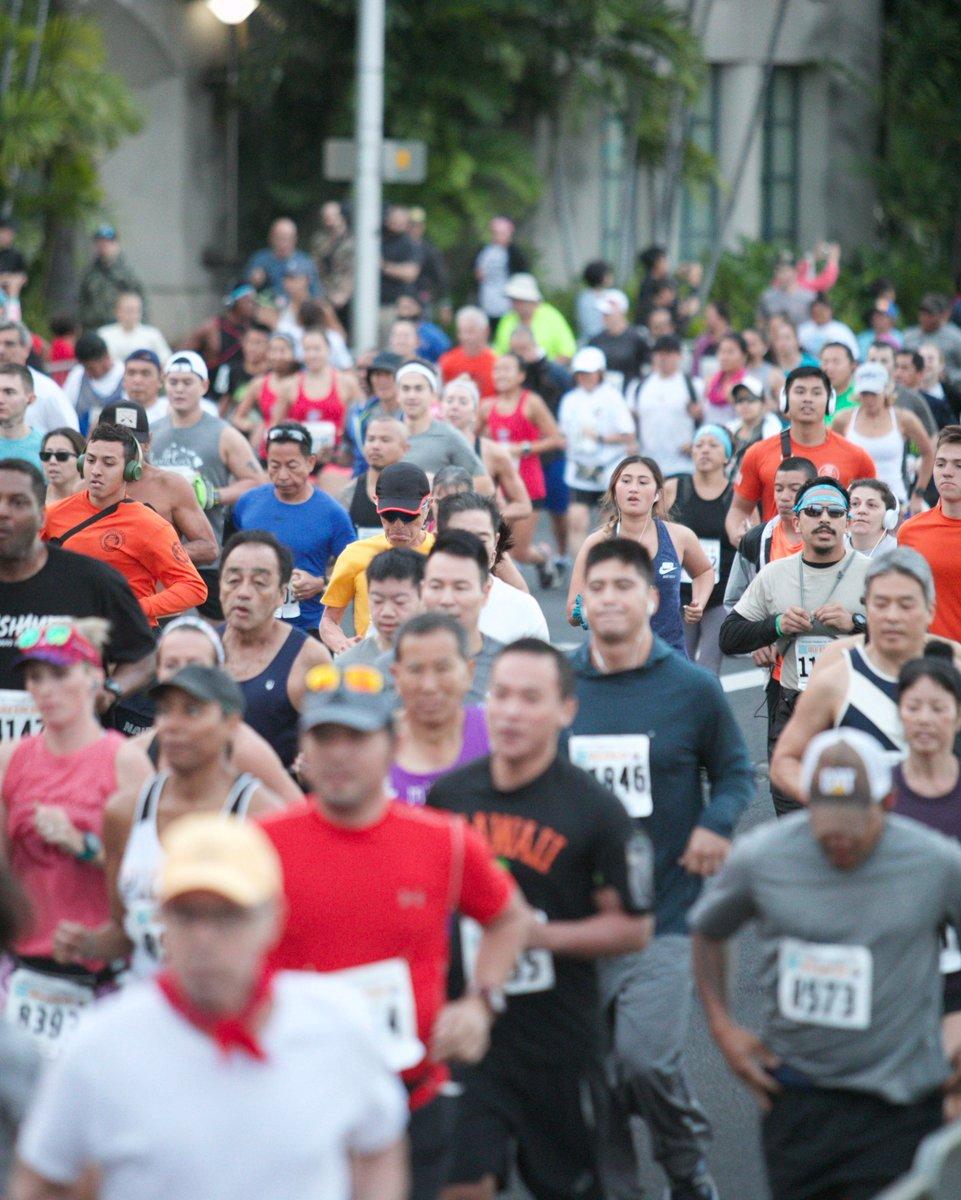 Happy #StartingLineSunday! #GAR #GreatAlohaRun #Race #run #aloha #hawaii #oahupic.twitter.com/7eZYP1OkAn