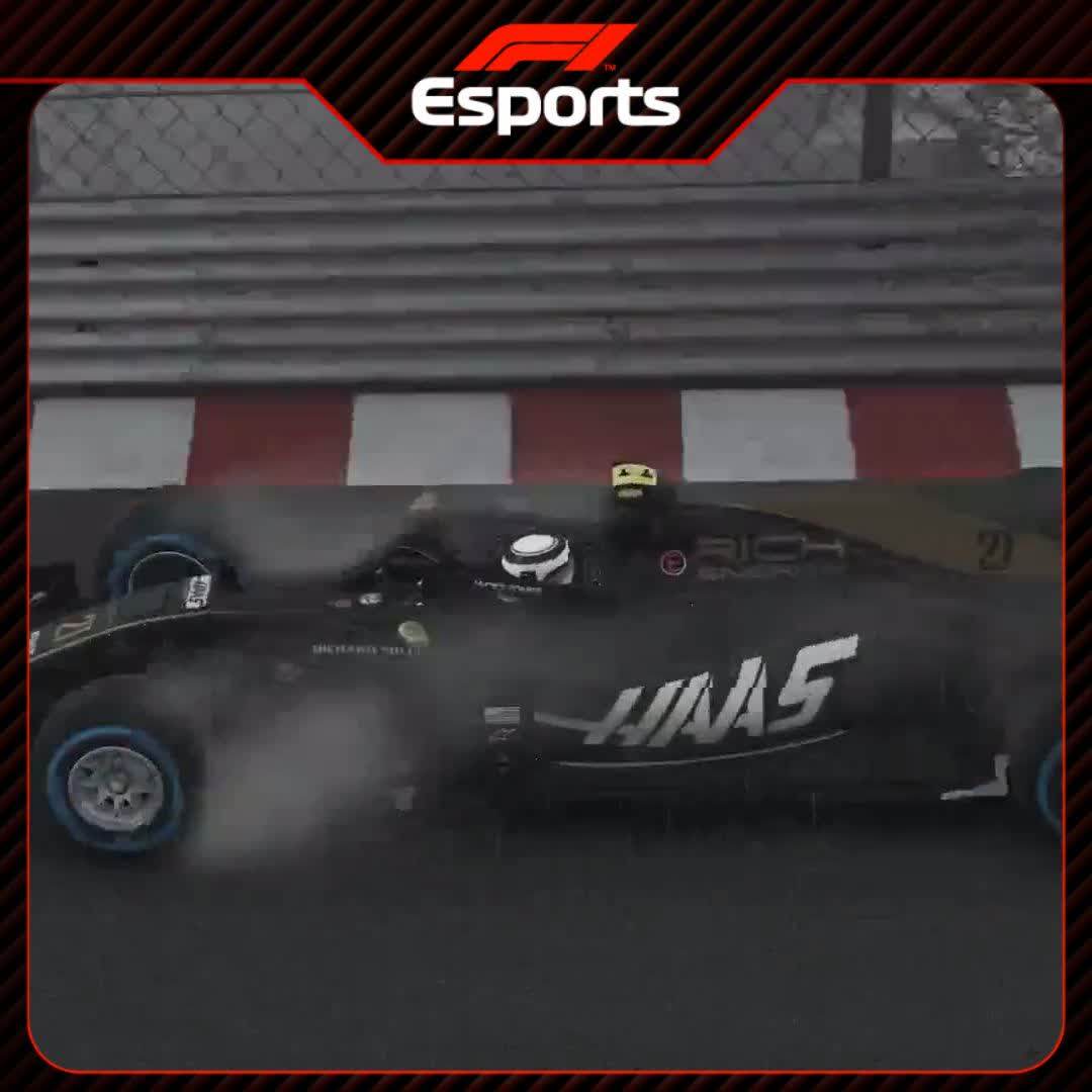 ☝️Pietro Fittipaldi on POLE   The Brazilian masters Monaco in the wet in his @HaasF1Team car 👏  Watch the race live >> https://t.co/tGY8OgrgSM  #VirtualGP #RaceAtHome